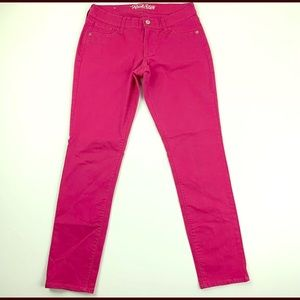 NWOT fushia colored skinnies size 2